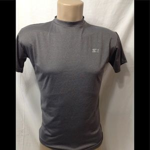 Boy's size Large dry-fit base layer tee